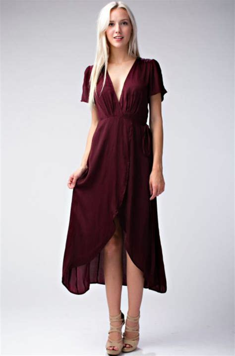 burgundy color dress best 25 burgundy dress ideas on burgundy