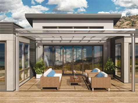 with new model home breezehouse gets socal treatment