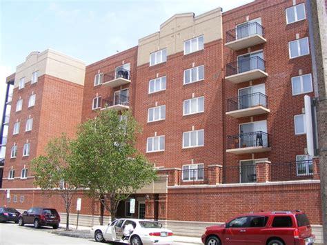 2 bedroom apartments in berwyn il 3303 grove ave berwyn il 60402 rentals berwyn il