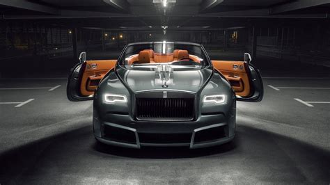 roll royce rollls look at this wide body rolls royce dawn top gear