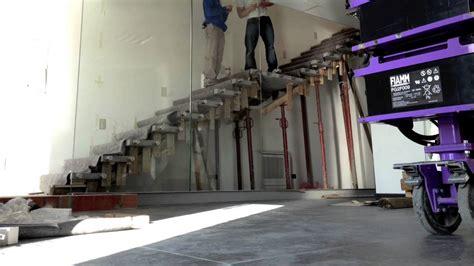 scale a mensola scala a sbalzo con vetro strutturale