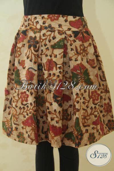 Tunik Kupu Genes Dress Batik Blouse Batik rok batik warna coklat kalem dengan motif cantik model