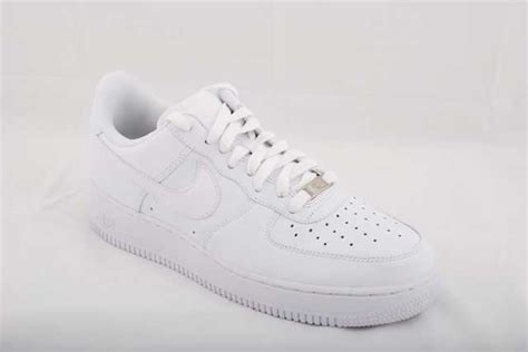 Classic Icons Review: Nike Air Force 1   Kicksologists.com