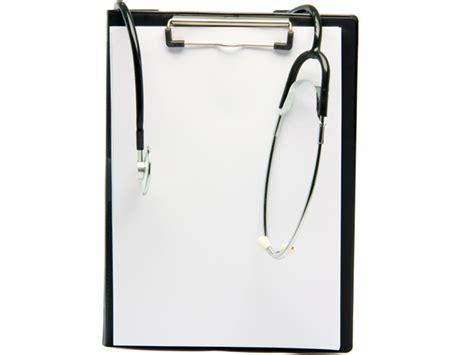 frame design agency saudi arabia to import thousands of pakistani doctors