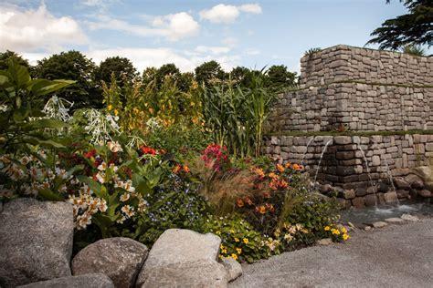 designing a rock garden some inspiring ideas you can use when designing a rock garden