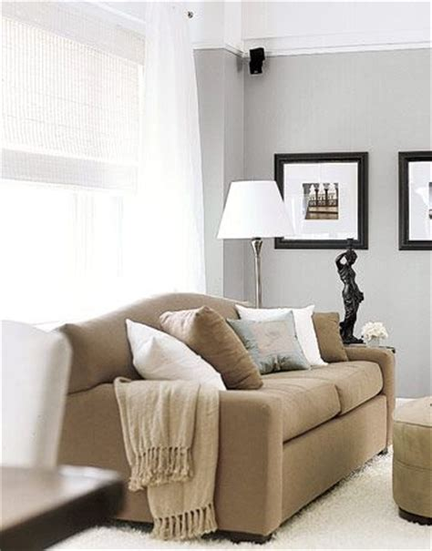 pillows for tan couch 25 best ideas about tan couches on pinterest tan couch