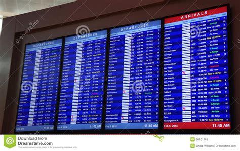 arrivals  departures  flights  dallas editorial