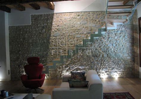 scala rivestita in legno piastrella esterno effetto legno