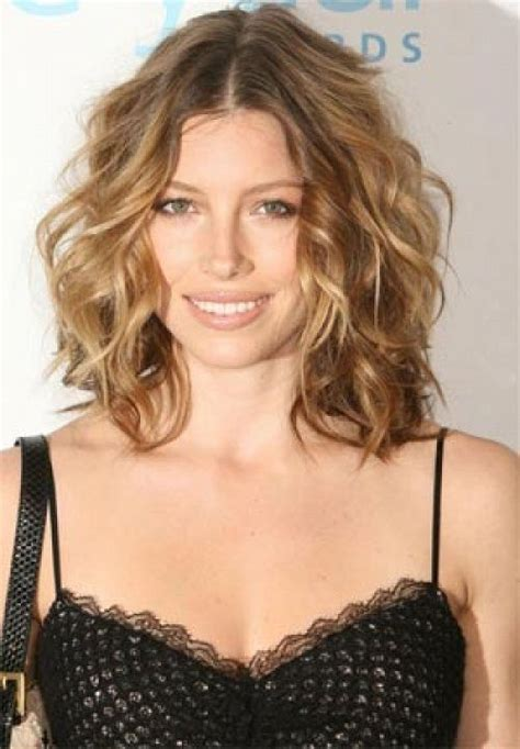 above the shoulder length curly haircuts best medium length wavy hairstyles for women over 40 new