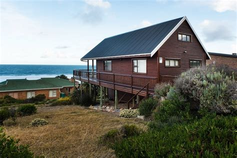 sandpiper cottages boggomsbaai western cape take a