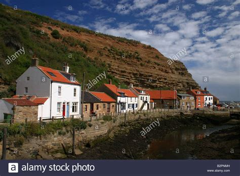 Cottages In Staithes North Yorkshire United Kingdom Stock Cottages In Staithes