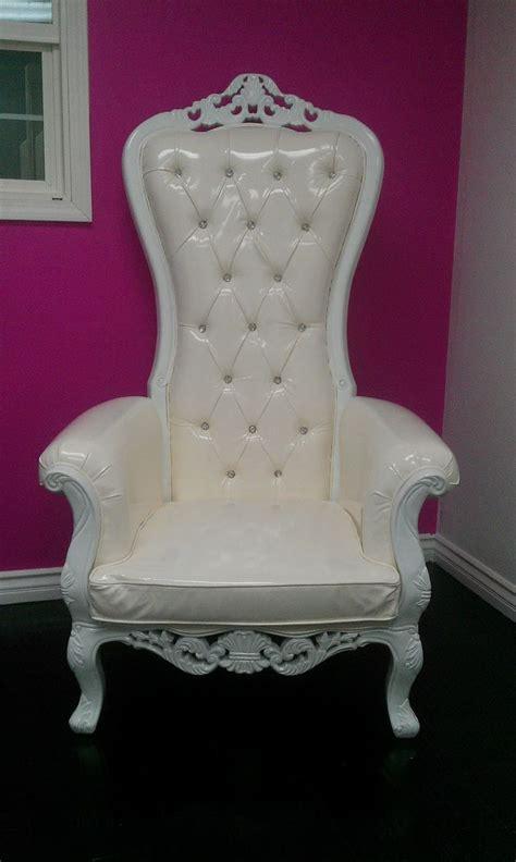 mod spot  rental kings chairs thrones quince pinterest ideas  mod  king