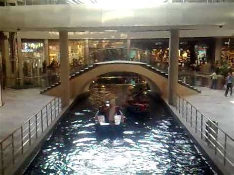 boat ride mbs marina bay sands boat ride youtube