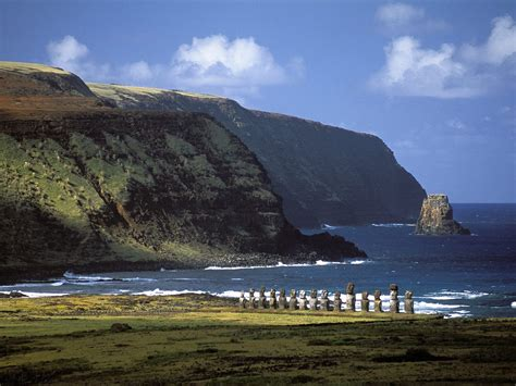 Top 8 Places To This Easter by World Tourist Places Easter Island