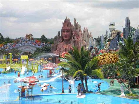 enjoying  dam sen water park   hcmc water parks