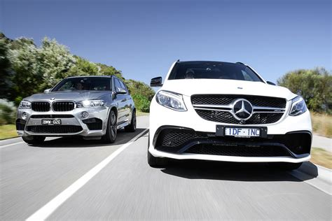 Bmw M Vs Mercedes Amg by Bmw X5 M Vs Mercedes Amg Gle63 S Motor