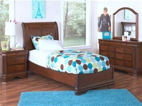 cardis beds 17 best images about bedrooms on pinterest upholstered
