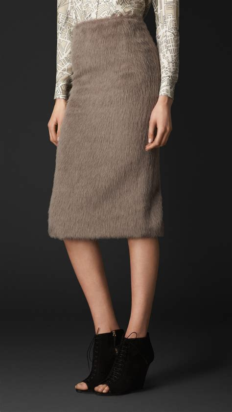 burberry brushed wool blend pencil skirt in gray taupe
