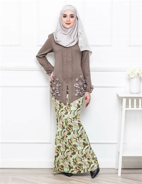 baju kurung moden untuk konvokesyen baju kurung moden petrina brown lovelysuri com