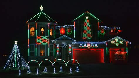 what to by staff for christmas squad employee brightens the with 10 000 lights best buy corporate news and
