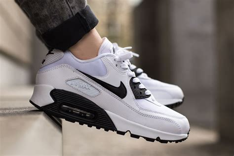 Nike Airmax 90 Black White nike wmns air max 90 essential white black sbd