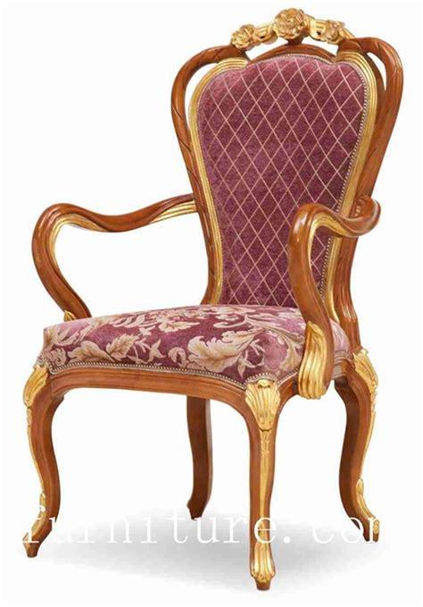 las sillas de tabla de madera de los sistemas de comedor