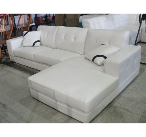 White Throws For Sofas by 2pc White Leather Sectional Sofa With 2 Throw