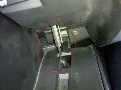 how do i change passenger seat airbag sensor diy replace passenger side airbag cover thats splitting for 150 rx8club com