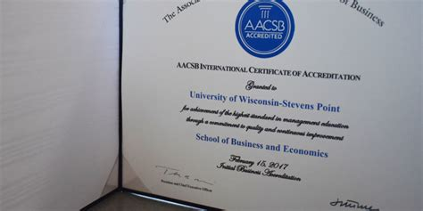 Mba Wanted Aacsb by New Accreditation Excites Students And Professors The