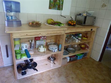 meuble de cuisine en palette cuisine fabriquer une table plan de travail forum bois