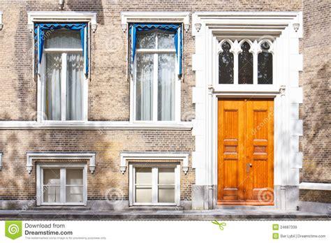 Doormate Townhouse Entrance Front Door Stock Image Image 24687339