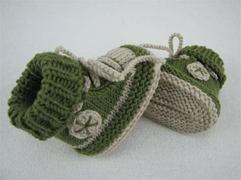 pattern knitting baby shoes baby shoes baby boots knitting pattern