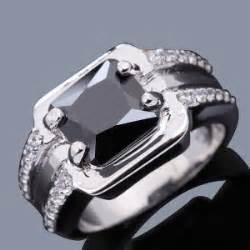 Cincin Berlian Solitaire Pria 1005 cincin pria black sapphire sintesis ukuran cincin ring 8