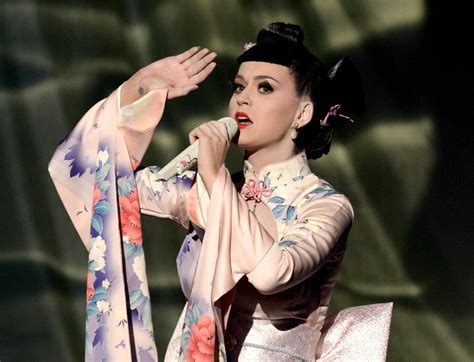 images of katy perry gzsihai com katy perry s cultural appropriation in asian costume at