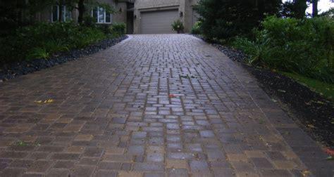 Patio Pavers Mn Brick Paver Driveway In Chanhassen Mn Apl Landscape