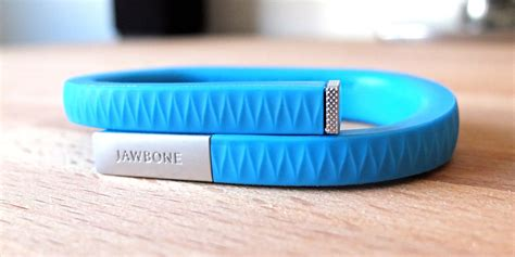 Can I Wear Jawbone Up In The Shower by Fitbit Flex Vs Jawbone Up A Comparative Review