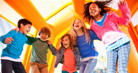 bounce house kansas city kansas city bounce house company inflatable rentals