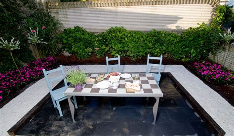 decorar jardin estilo zen 7 ideas para decorar el jard 237 n decogarden