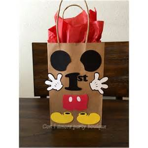 Mickey Mouse Favors Ideas by 25 Best Ideas About Mickey Mouse Pinata On