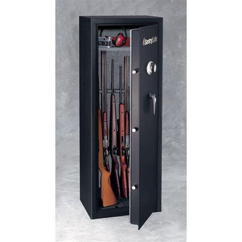 Gun Safe by Sentry G1459c Gun Safe With Combination Lock 14 Gun Gsg1459c