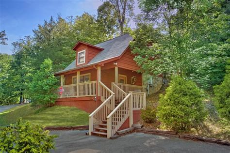1 bedroom cabins in pigeon forge tn quot enchantment quot honeymoon cabin in pigeon forge tn