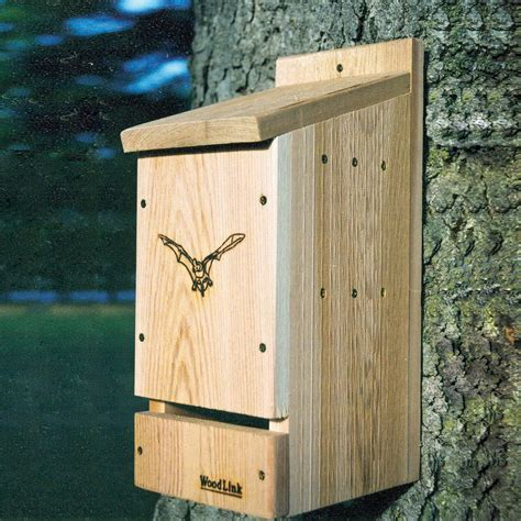 bat houses shop woodlink 7 in w x 17 5 in h x 9 75 in d unfinished cedar wood bat house at lowes com