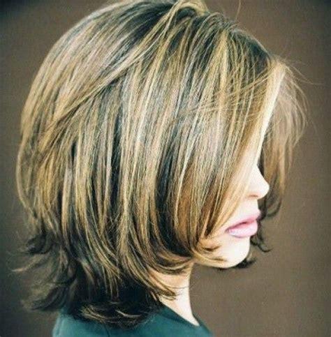 shoulder wedge hairstyles layered bob hairstyles back view short layered bob