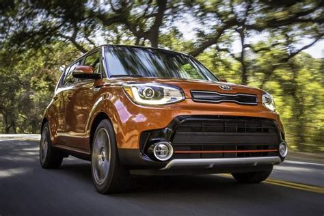 Kia Soul Car 2017 Kia Soul Turbo Drive Review Autotrader