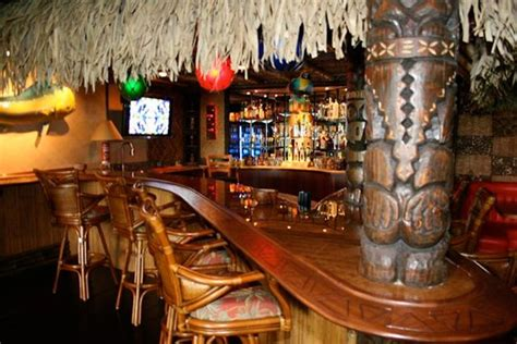 Tiki Bar Top by Tiki Bar Themed Cave 50 Awesome Caves
