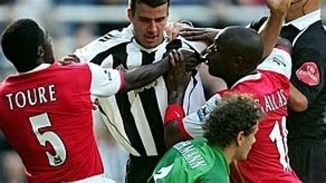 arsenal newcastle highlights newcastle vs arsenal highlights and goal videos 1000 goals