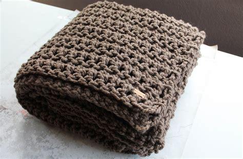 crochet pattern easy blanket easy crochet throw blanket pattern crafty mn mom