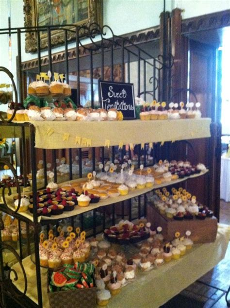 Baked Goods Shelf by 17 Best Images About Farmers Market Ideas On