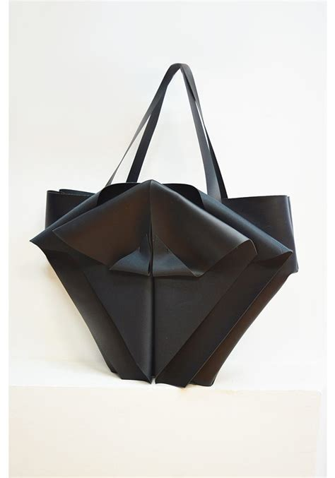 Suitcase Origami - big black origami bag crowdyhouse