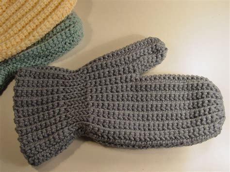 crochet mittens crochet gloves mitten pattern crochet learn how to crochet